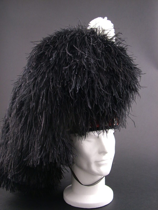 Pipers Feather Bonnet - 5 tail